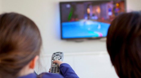 Essay children spend too much time watching tv